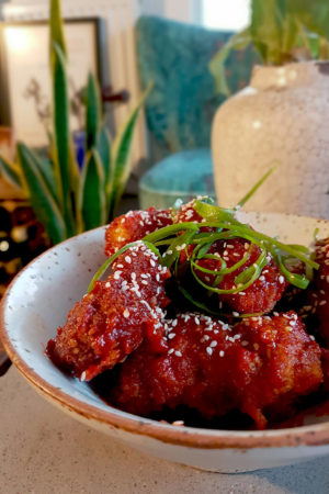Ketogenic korean fried chicken to make you forget you're on a diet lchf, low carb and ketogenic diet friendly