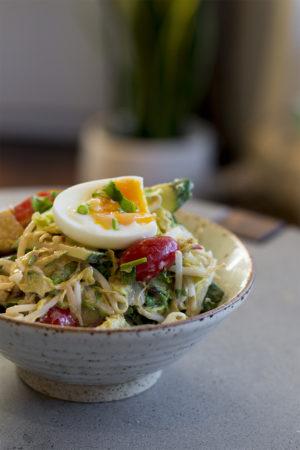 Keto low carb asian peanut salad