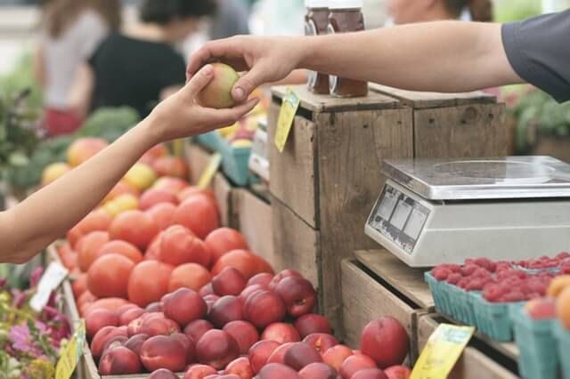 buy seasonal produce to save money on the ketogenic diet