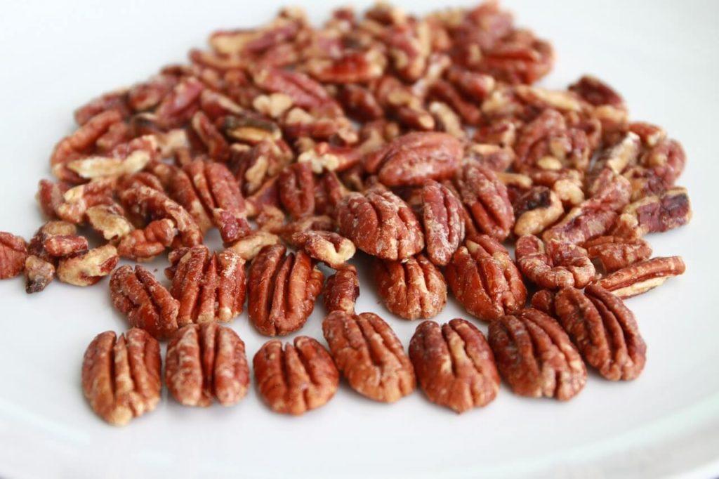 high fibre keto foods - pecans