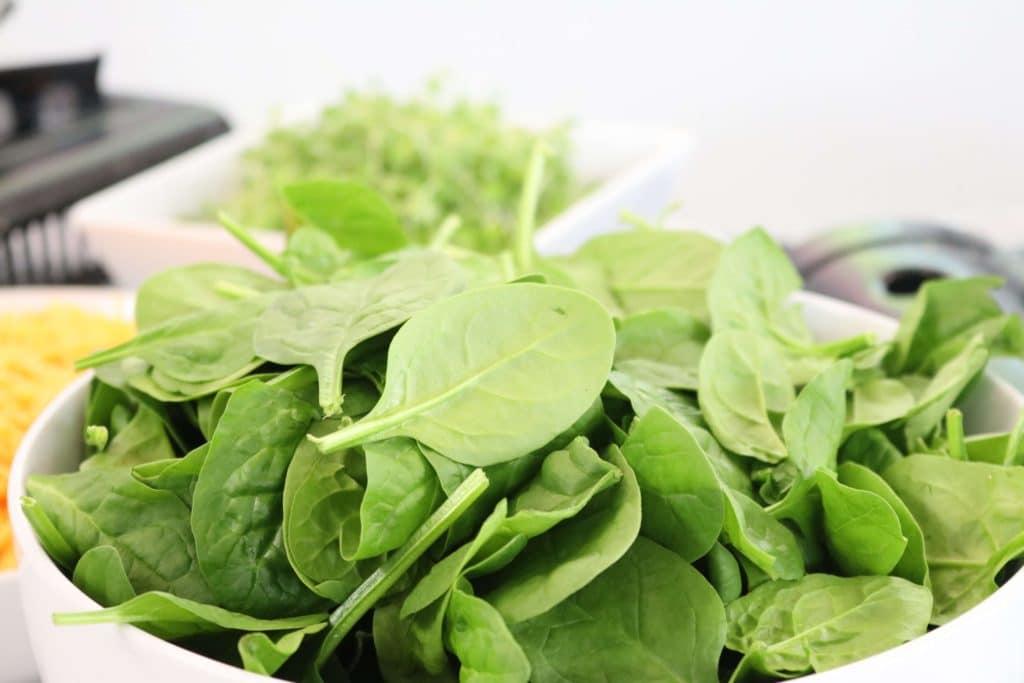 high fibre keto foods - spinach