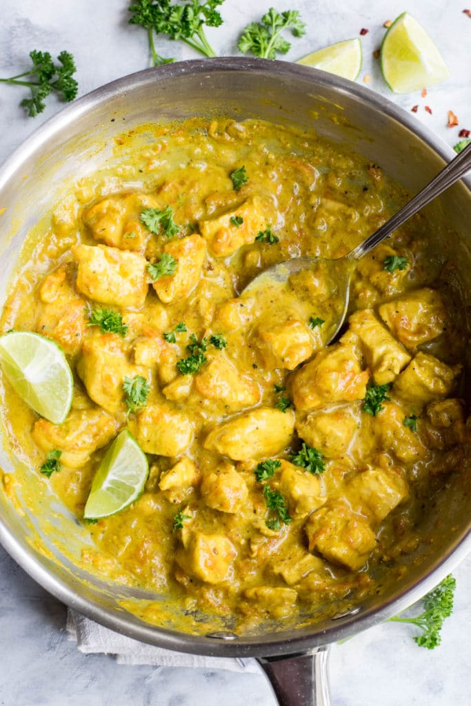 Keto Thai chicken curry with coconut milk