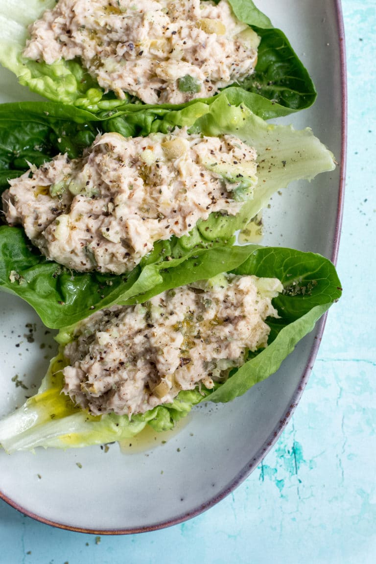 Keto tuna lettuce wraps