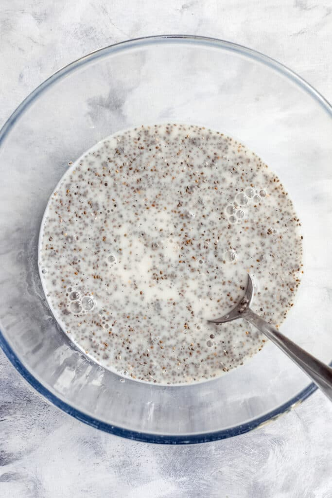 preparation of chia seed pudding
